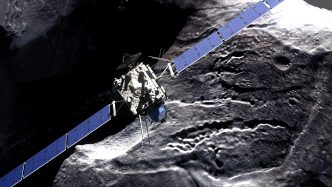 rosetta_-_comet_fly-by